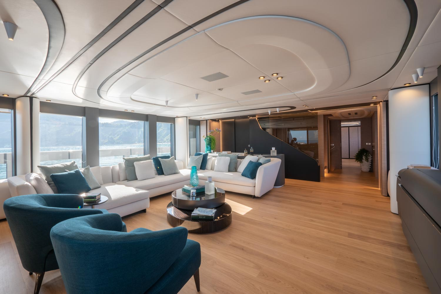 Yacht Interior Large Spaces