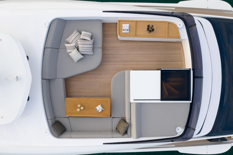 Extra 93 Design Yacht
