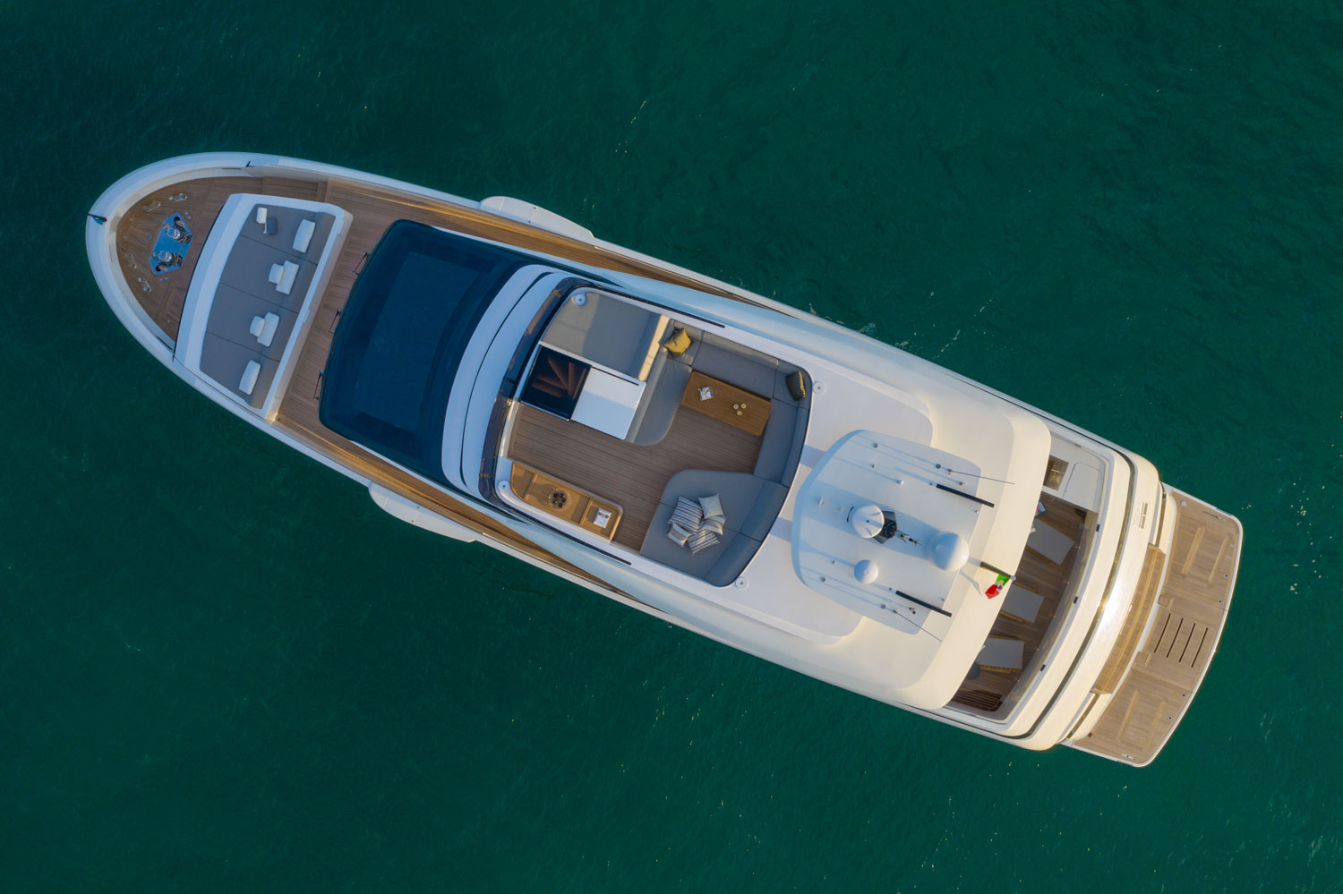 Extra 93 Yacht Top View