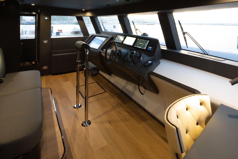 Extra 93 Yacht